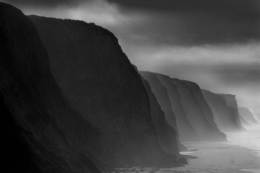 Diminishing Cliffs